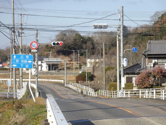 ②.ファミリーマートの次の交差点を右折